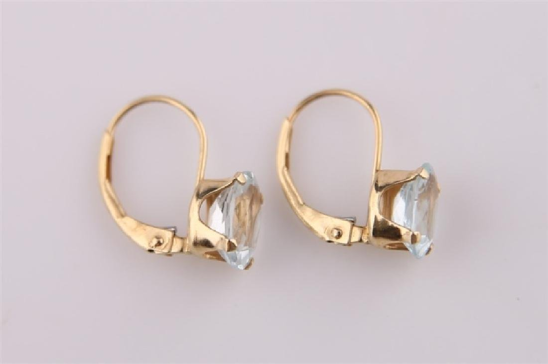 Pair of 14kt Yellow Gold Earrings with Aquamarine - 3