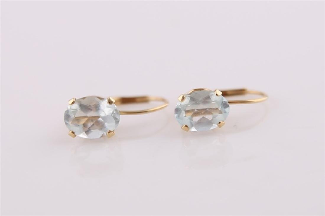 Pair of 14kt Yellow Gold Earrings with Aquamarine - 4