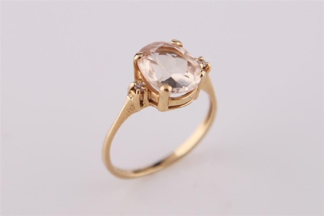 14KP Yellow Gold Ring with Morganite