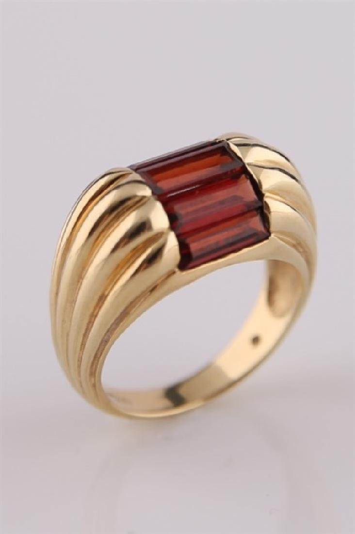 14kt Yellow Gold and Garnet Ring