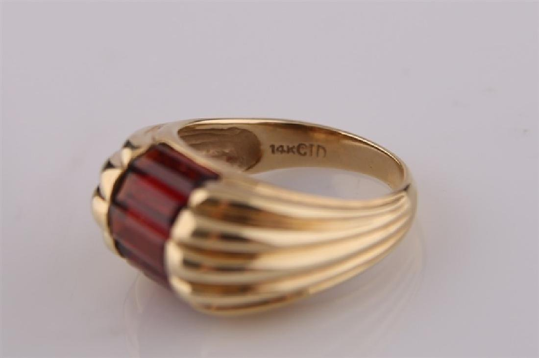 14kt Yellow Gold and Garnet Ring - 3