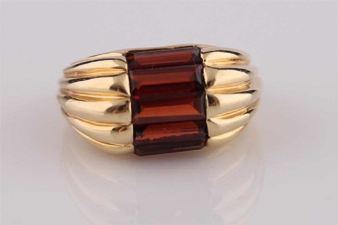 14kt Yellow Gold and Garnet Ring - 4