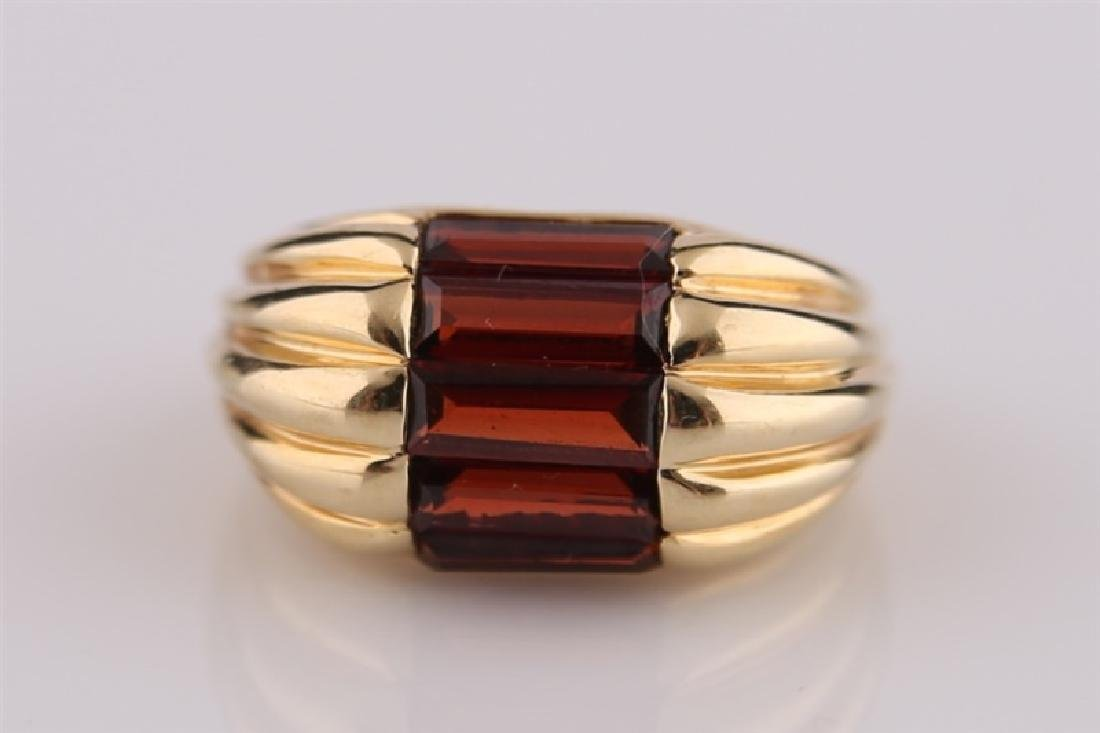 14kt Yellow Gold and Garnet Ring - 5