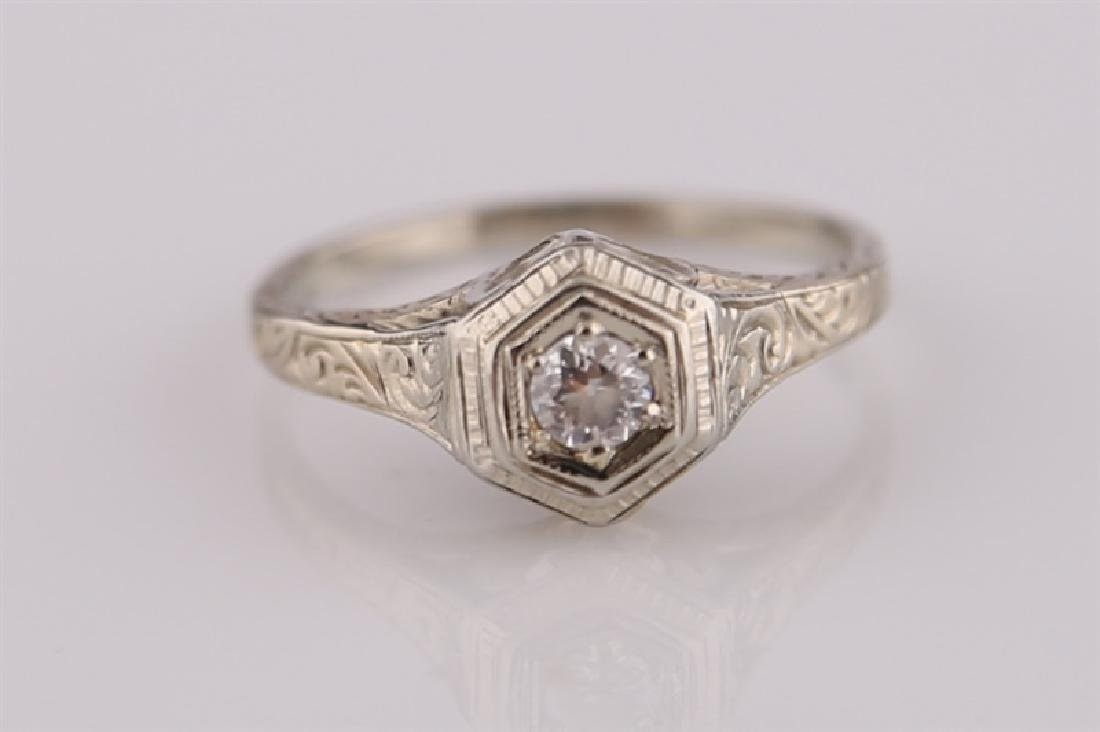 18kt White Gold Art Deco Ring with Diamond - 2