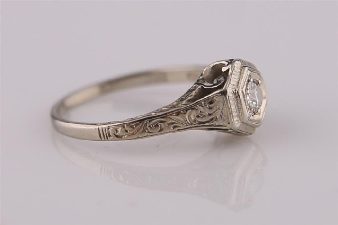 18kt White Gold Art Deco Ring with Diamond - 4