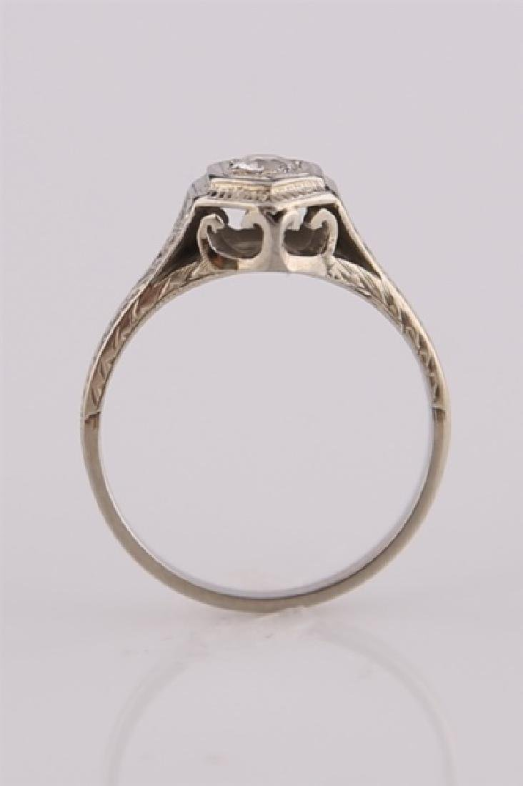 18kt White Gold Art Deco Ring with Diamond - 5