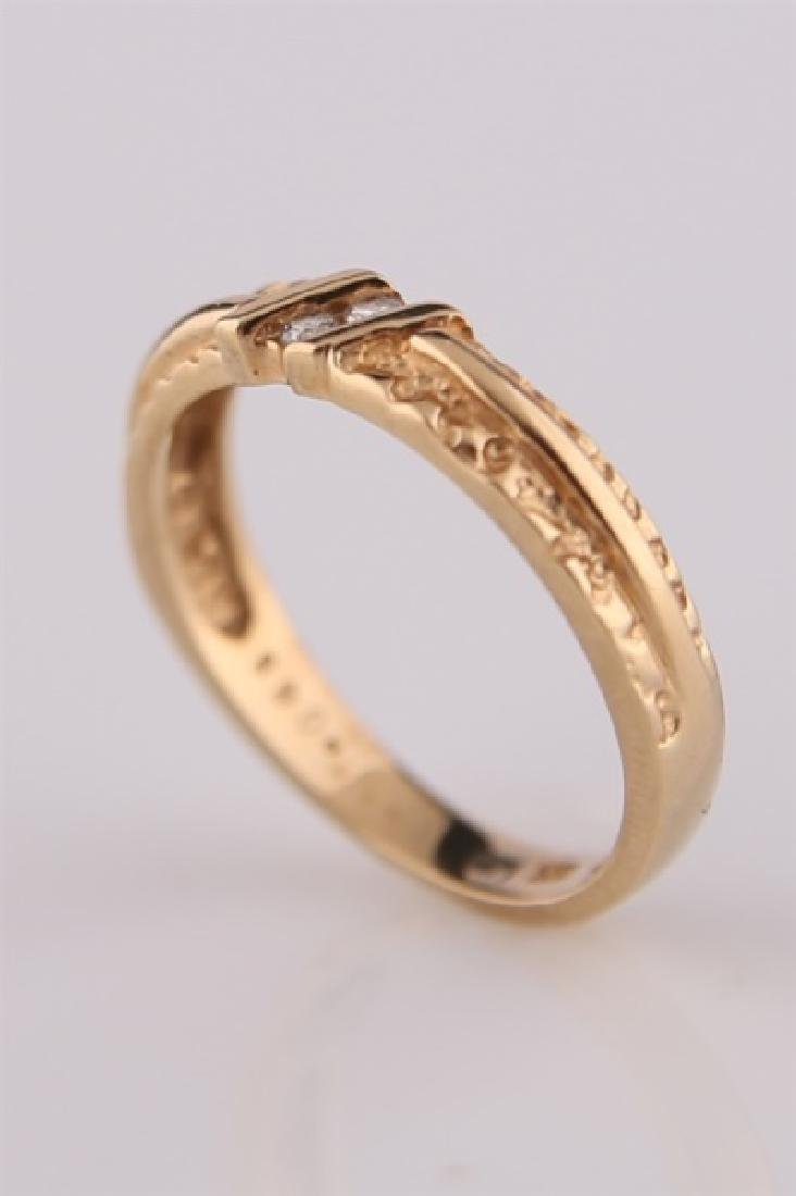 14kt Yellow Gold Ring with Diamonds - 5