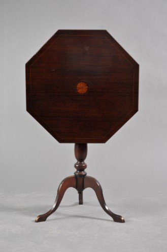9: Colonial Style Octagonal Tilt Top Side Table