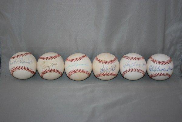 14: 12 Single Signed Autographed Baseballs