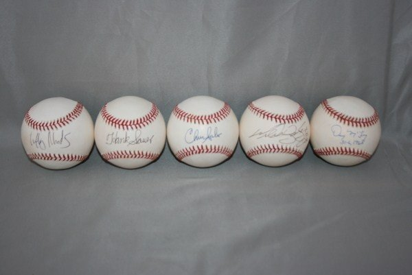 15: 11 Single Signed Autographed Baseballs