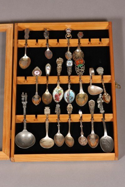 7: Collection of Eighteen Sterling and Silver Plated Co