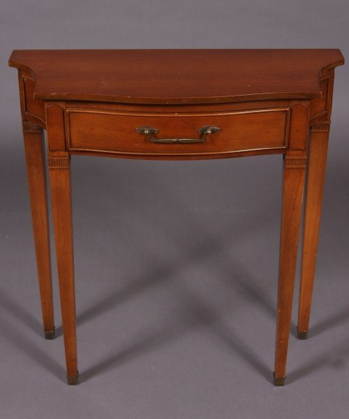 25: Federal Style Cherry Finished Side Table, American,