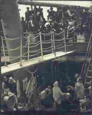 """97A: Alfred Stieglitz """"The Steerage"""" 1907"""