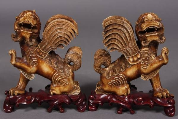 6: Carved Ivory Winged Foo Dragons, Chinese, 20th C.