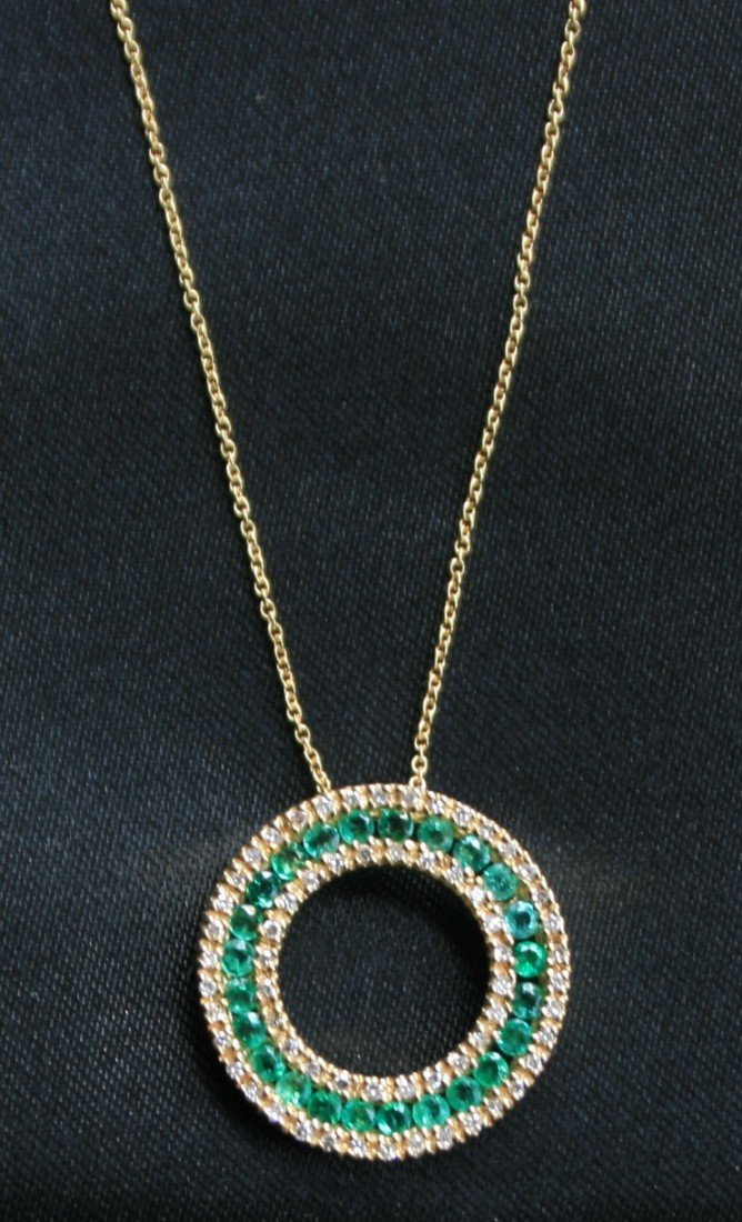 5: Round Emerald Pendant with 14kt Gold Chain