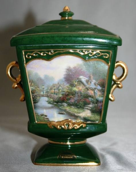 "486: Thomas Kinkade ""Lamplight Bridge"" Heirloom Porcela"