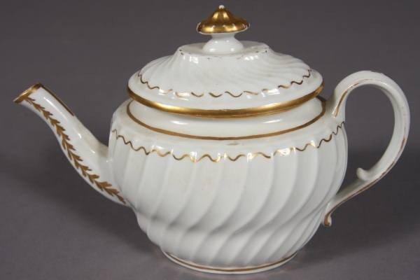 Worcester Porcelain Spiral Fluted Body Teapot, 19th C.