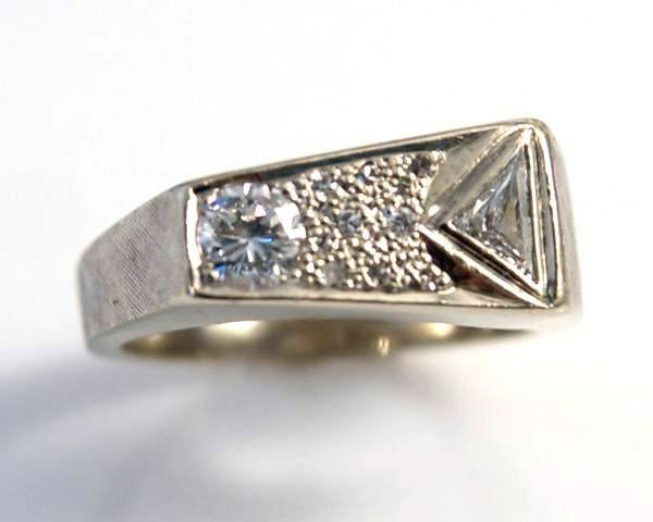 Gent's Ring, 14K White Gold & Diamonds