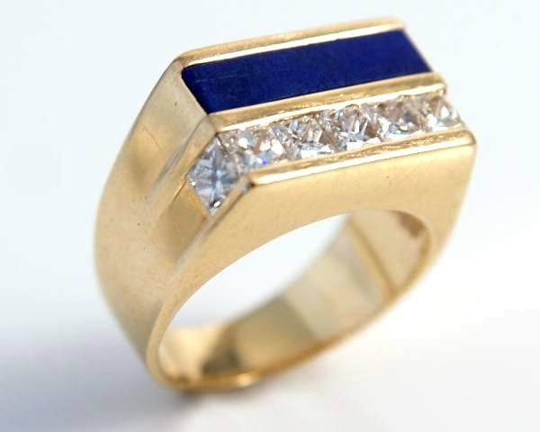 Gent's Ring, 18K Yellow Gold, Diamonds, & Lapis