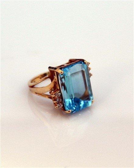 Ladies 14K Gold, Blue Topaz, and Diamond Ring - 4