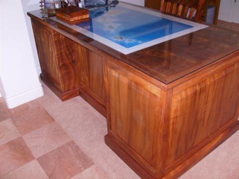 100: Koa Wood Desk & Chair
