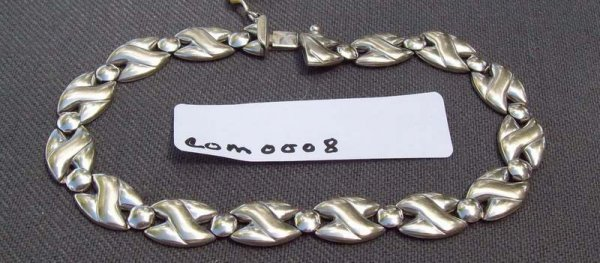 8G: Ladies Bracelet