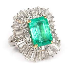 Lady's platinum emerald and diamond ring