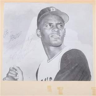 Vintage 1960's Roberto Clemente Autographed Photo