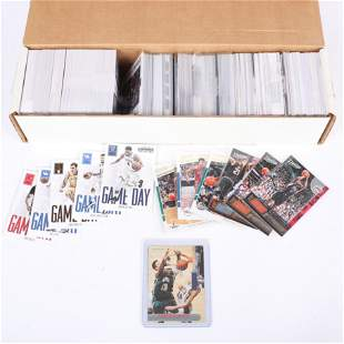 Lot of over 700 Basketball Cards, Stars, Rookies w/