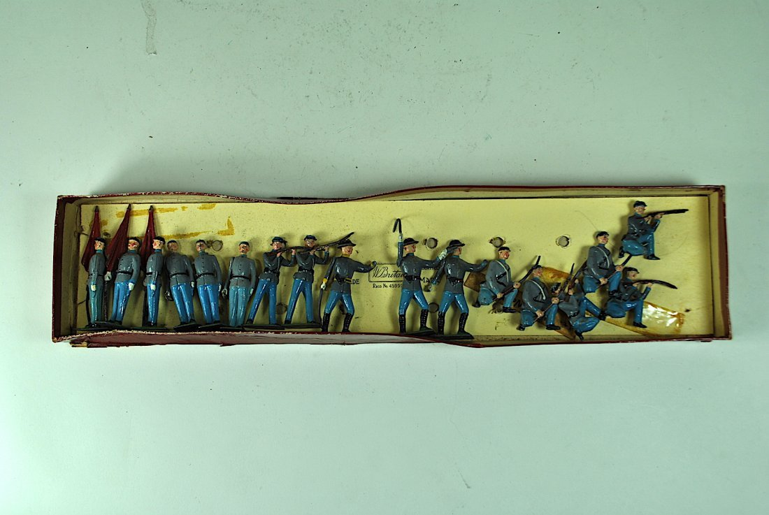 Group of 17 Britains Lead Confederate Soldiers