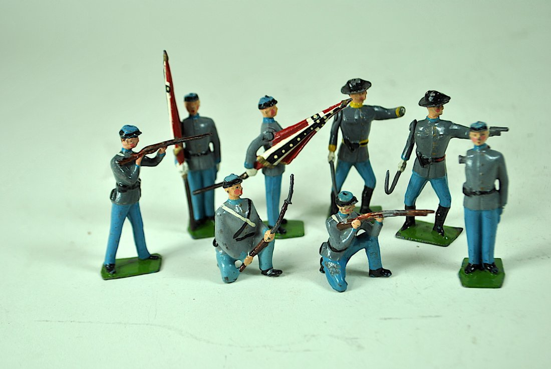 Group of 17 Britains Lead Confederate Soldiers - 3