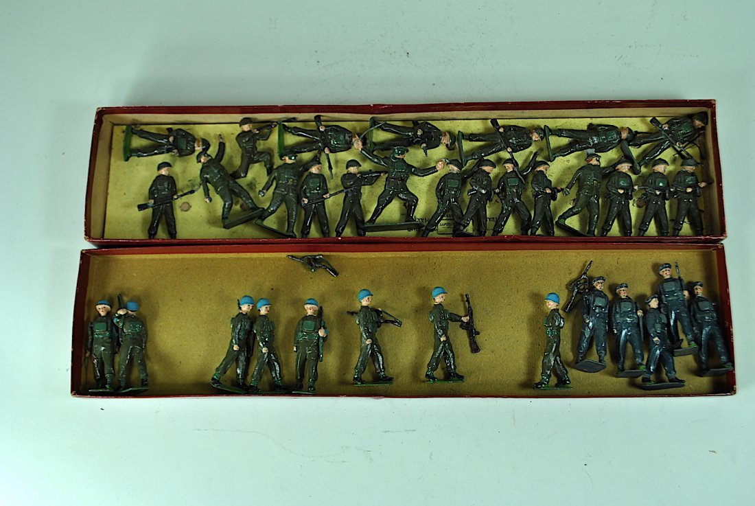 Group of 35 Britains - 3 Sets of Lead British Infantry