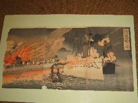 378: JAPANESE TRIPTYCH BLOCK PRINT 'NAVAL BATTLE SCENE