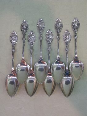 347: 8 HOTCHKISS & SCHREUDER MEDALLION HEAD SPOONS