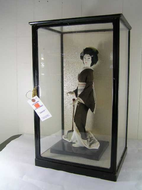 6: Antique - Chinese Geisha Girl in Cased Box