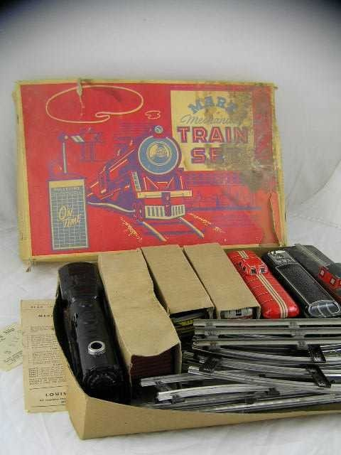 21: Antique - Louis Marx Train Set - Original Box