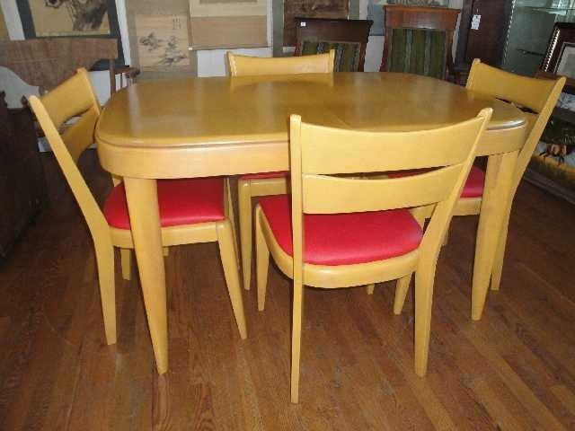 359: MID CENTURY   HEYWOOD WAKEFIELD DINING SET