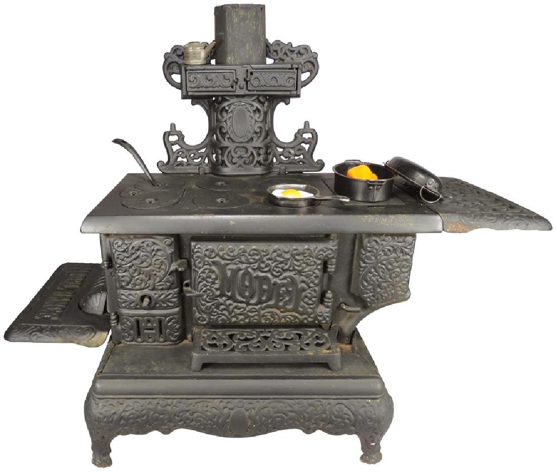 Kenton Model Range Child's Cook Stove