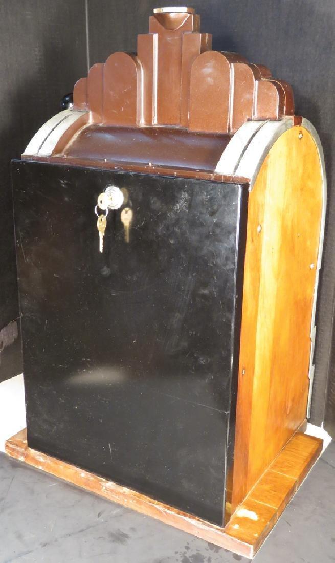 Mills Novelty Co. 5 Cent Eagle Slot Machine - 2