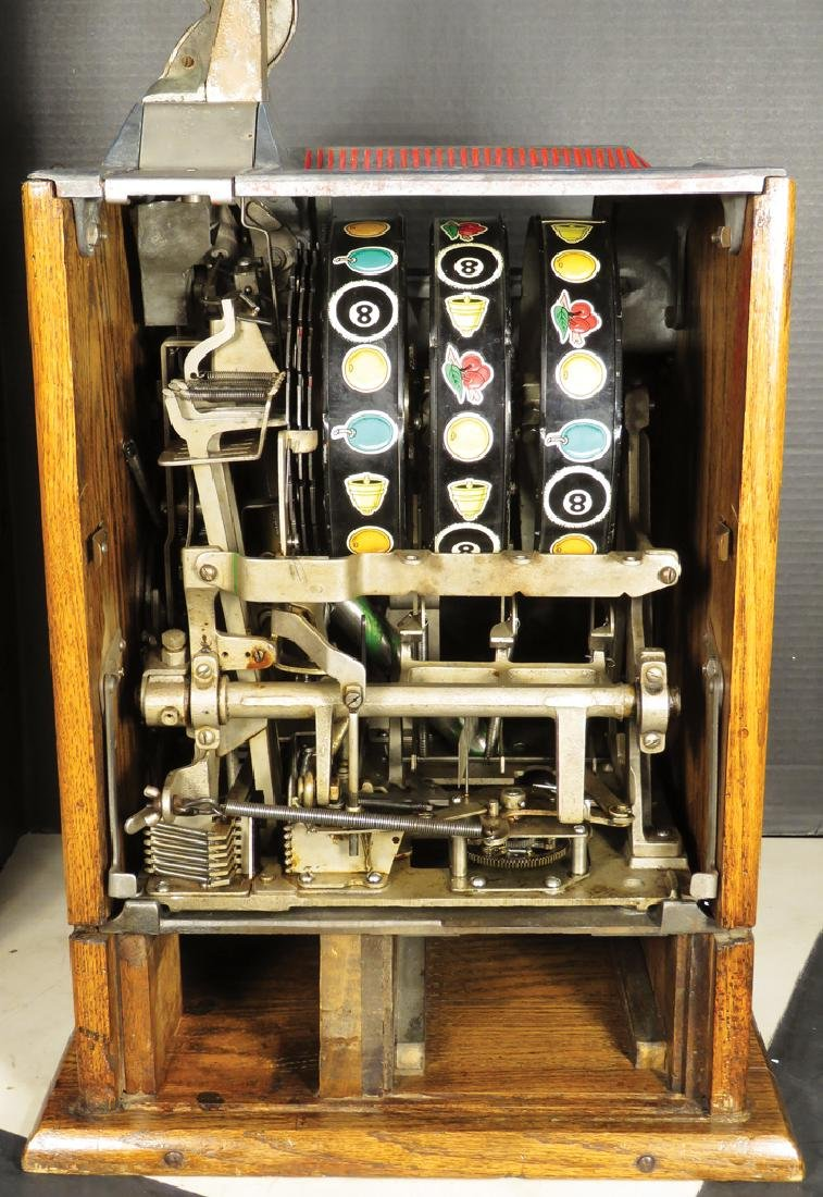Mills 5 Cent Mint Vender Slot Machine - 3