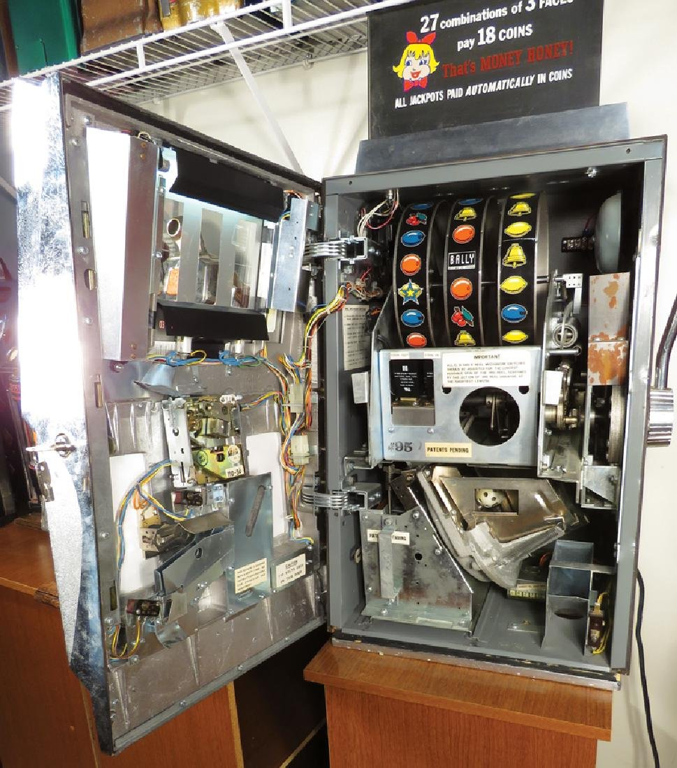 Balley 5 Cent Electro Mechanical Slot Machine - 2