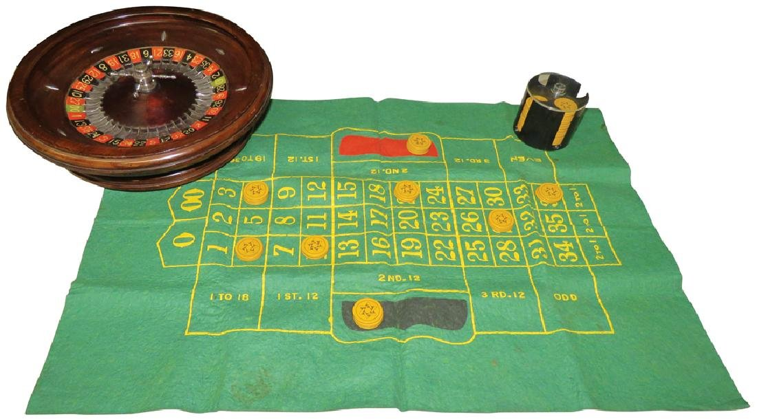 Portable Roulette Wheel and Layout