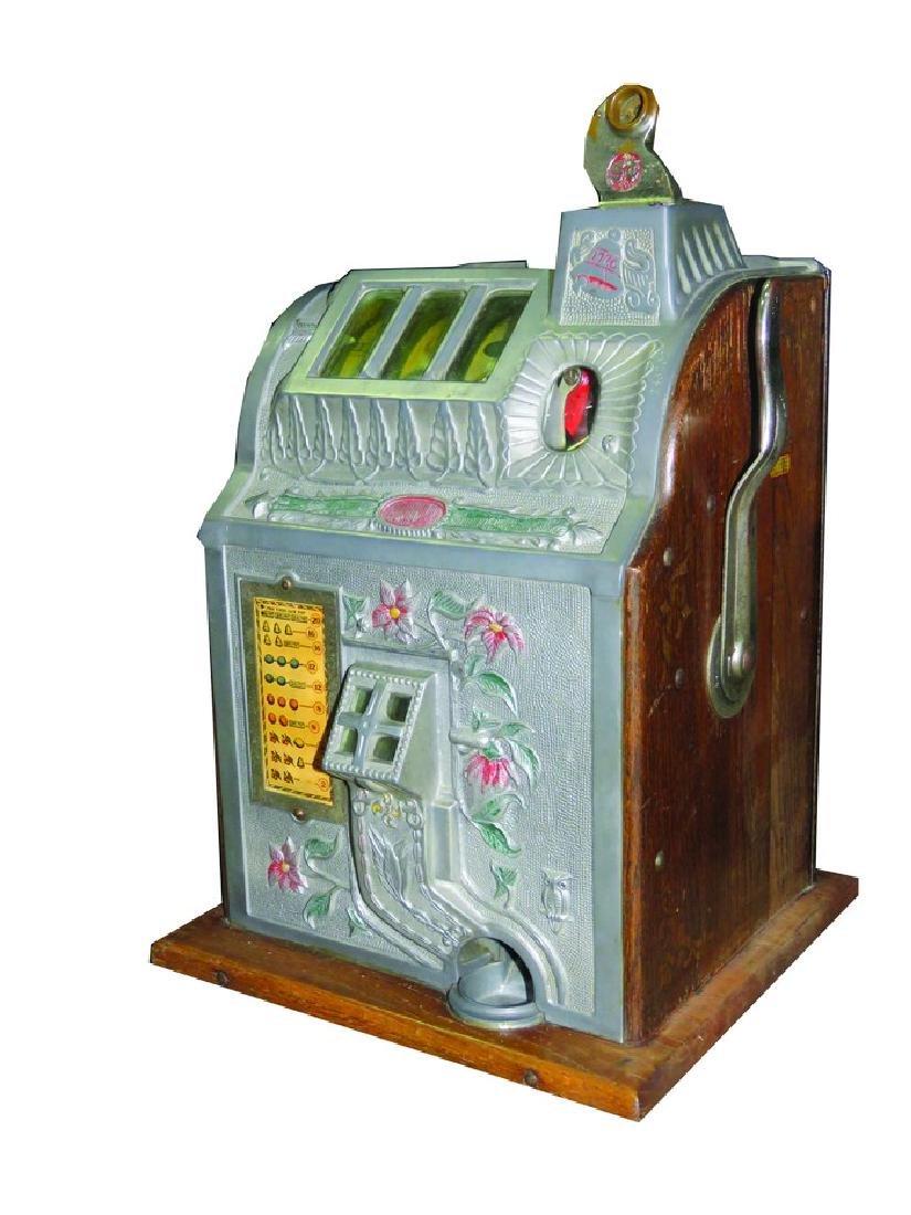 Mills Novelty Co., Poinsetta 5 Cent Slot Machine