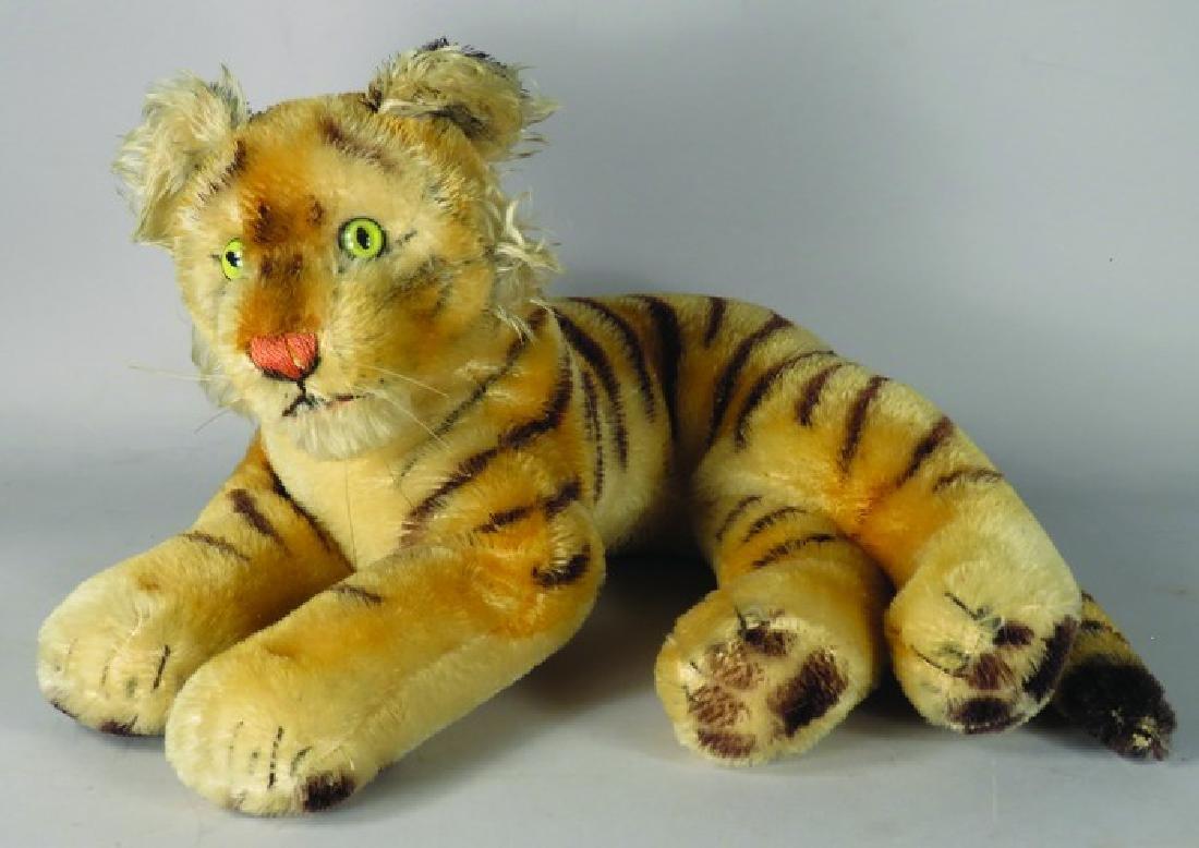 Vintage Steiff Laying Down Tiger Cub