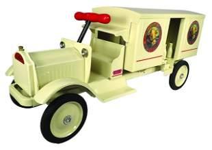 Keystone Pressed Steel Toy Packard Dairy Delivery
