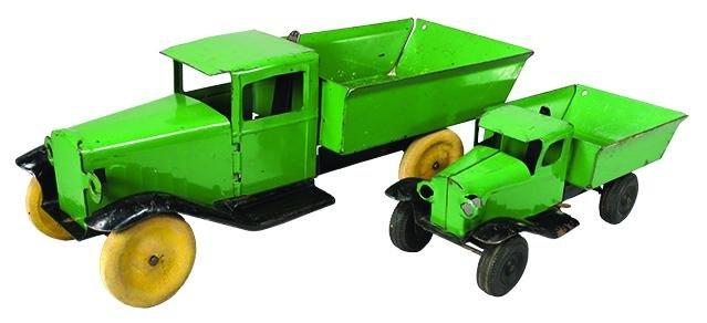 Wyandotte Pressed Steel Toy Dump Truck
