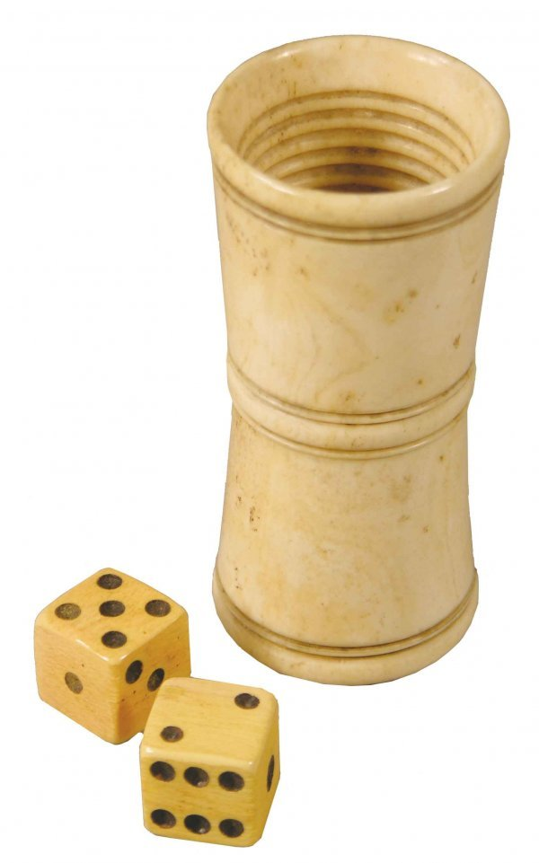 1136: Rare Ivory Dice Cup with bone dice