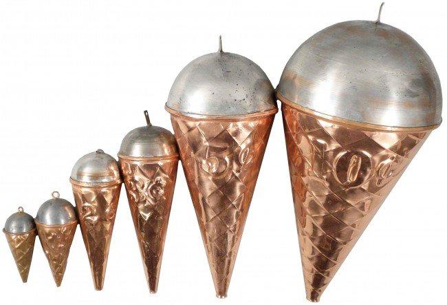519: Soda Fountain Ice Cream Cone Hanging Display