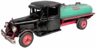 1552: Rare Buddy L Jr. Pressed Steel Toy Oil Truck