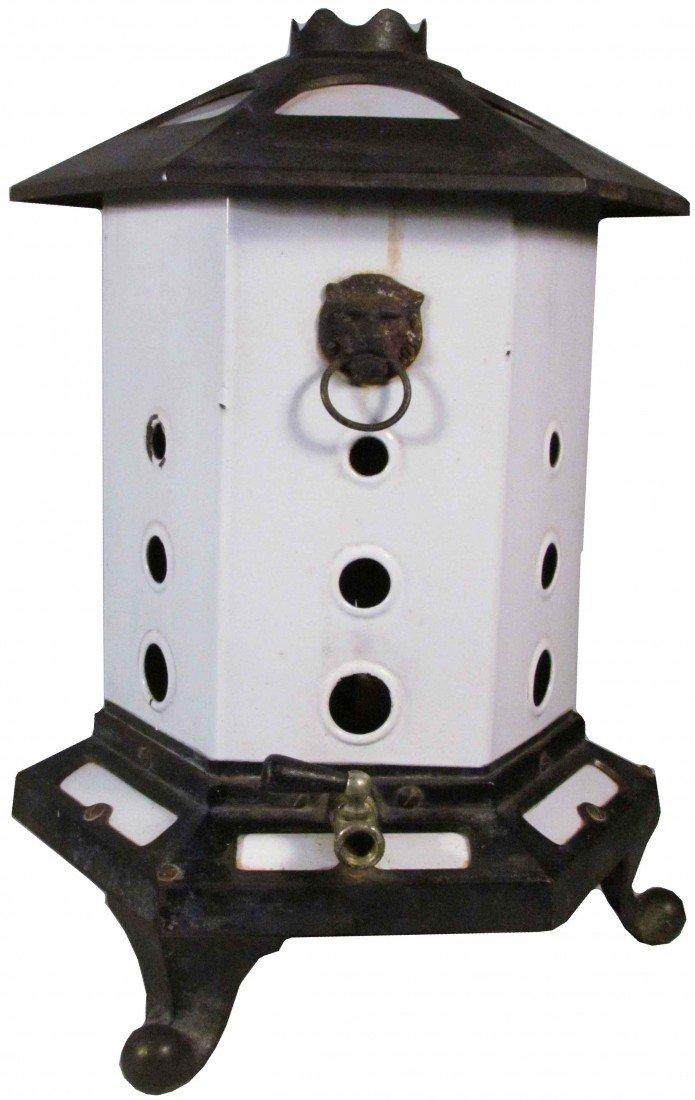 547: Porcelain & Cast iron Gas Heater